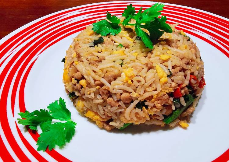 泰式羅勒炒豬肉碎炒飯 THAI BASIL MINCED PORK FRIED RICE