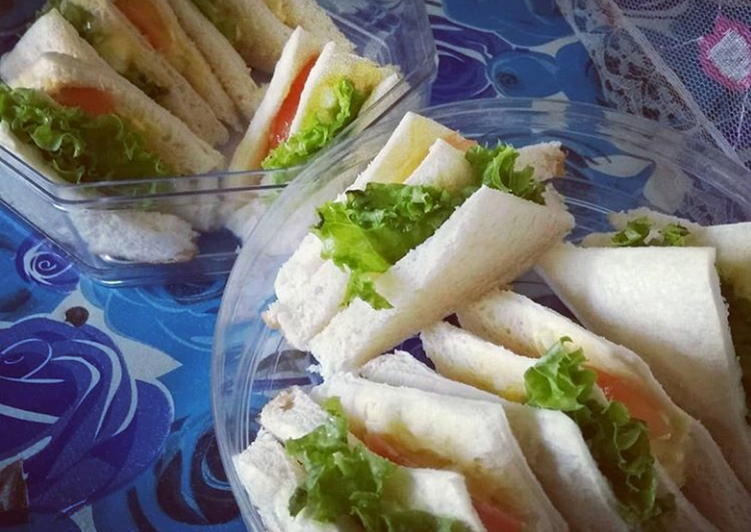 Try Using Food to Improve Your Mood Sandwiches