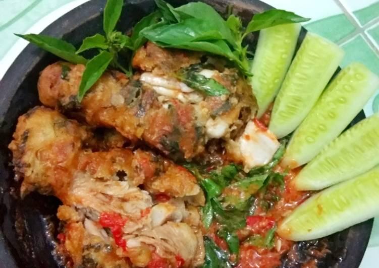 6. Ayam Geprek Sambal Kemangi