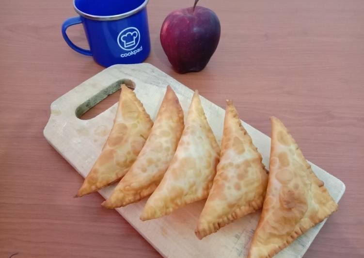 Pie Apel Keju Goreng