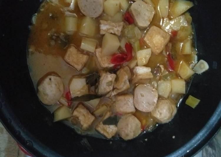 Resep Semur Kentang-Bakso-Tahu Yang Simple Bikin Nagih