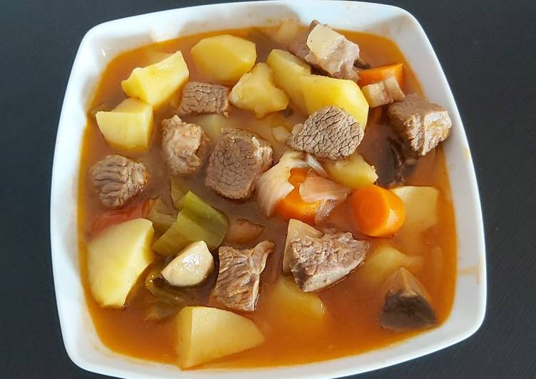 Beef stew with potatoes and veggies
