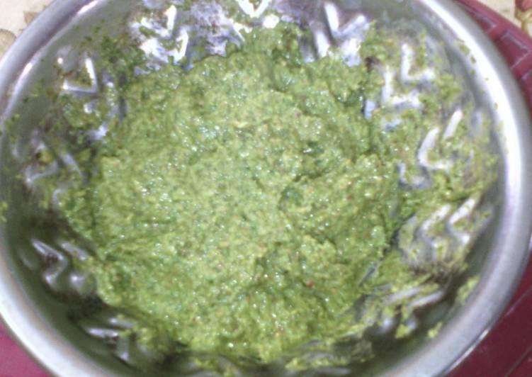 Grandmother's Dinner Easy Blends Healthy Mooligai Pirandai Pudina Thuvaiyal Chutney(calcium and iron rich for grandma recipe contest)