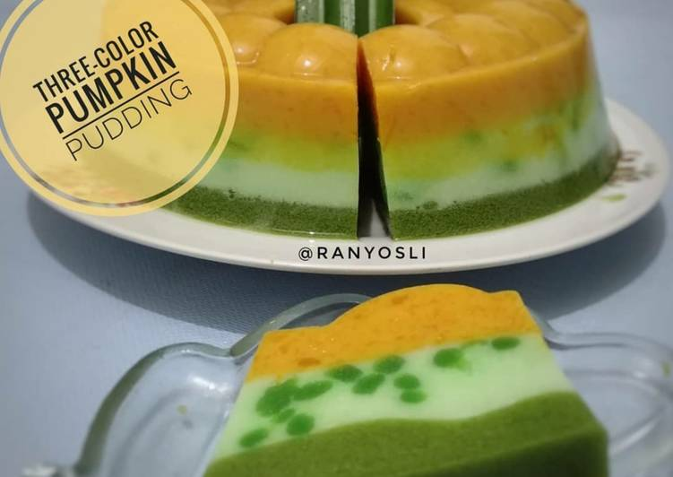 11. Three-color pumpkin pudding / puding labu kuning 3 warna