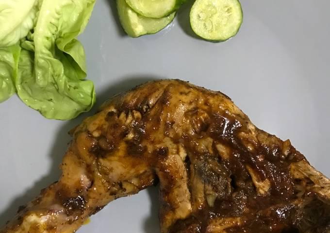 Grilled Honey Sriracha Chicken