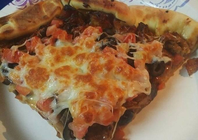 Barbecue Pizza, stuff crust