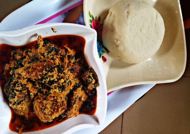 Recipe of Perfect Pounded yam with Equsi soup