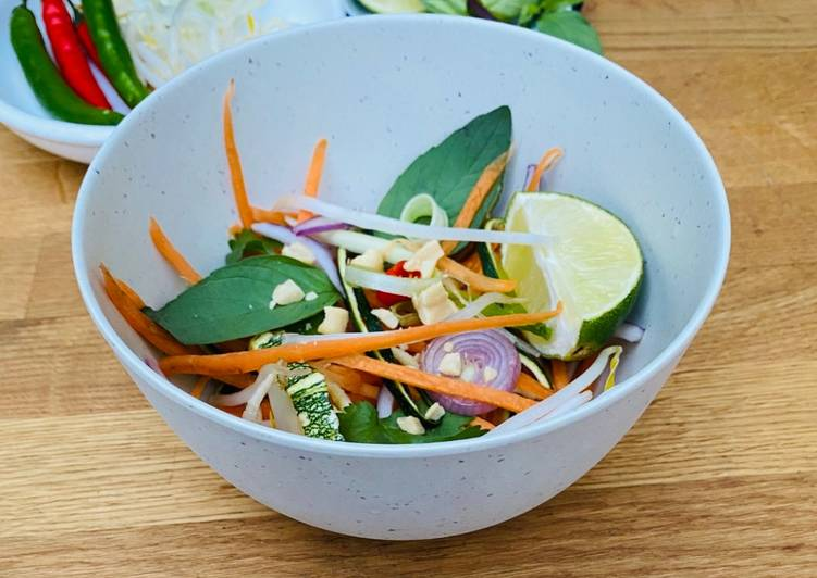 Raw Vegan Pad Thai
