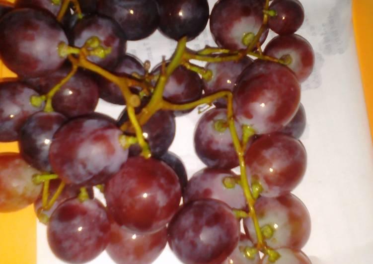 Tips Mencuci anggur dengan baking soda
