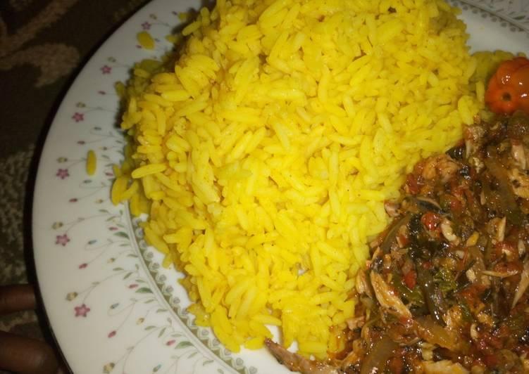 Curry rice and ugu stew