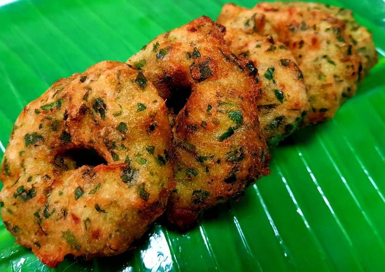 Step-by-Step Guide to Prepare Most Popular Palak Vadai