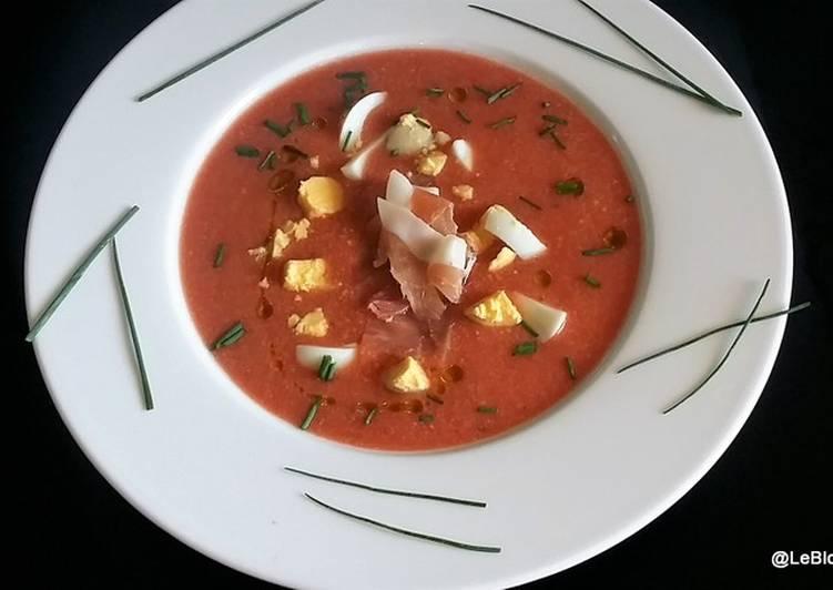 Soupe froide de tomates et pain - Salmorejo (Andalousie)