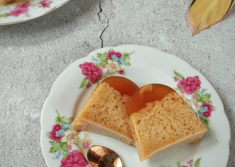 Puding santan gula aren