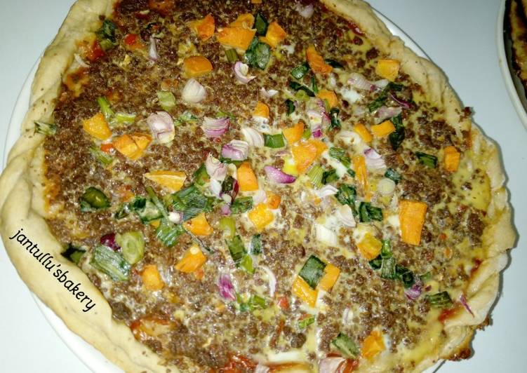 Recipe of Speedy Cheeseless colourful pizza