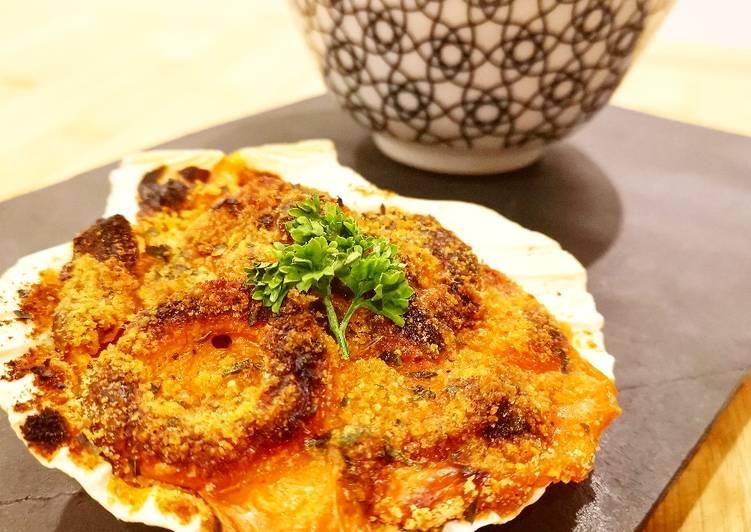 Coquilles de la mer gratinées