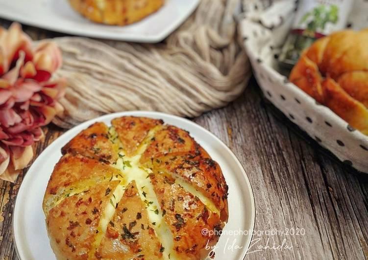 Korean Garlic Cheese Bread - resepipouler.com