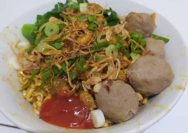 Mie Ayam Yamin Bakso (Super Simple)