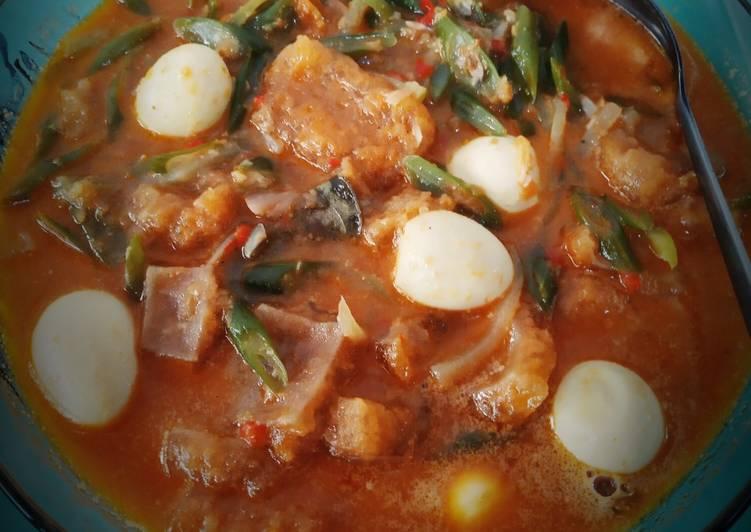 Sayur sambal goreng buncis kerecek dan telur puyuh