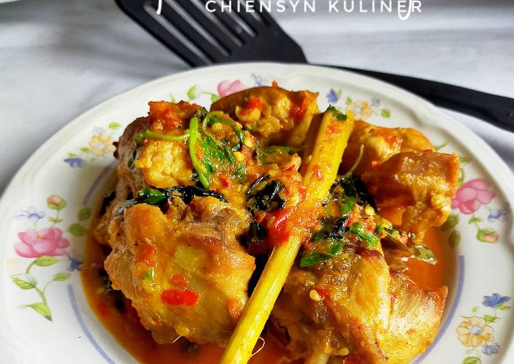 11 Resep: Ayam Bumbu Rujak Anti Ribet!