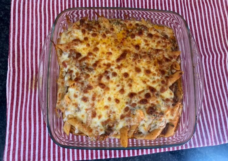 Cheesy Pasta Bake