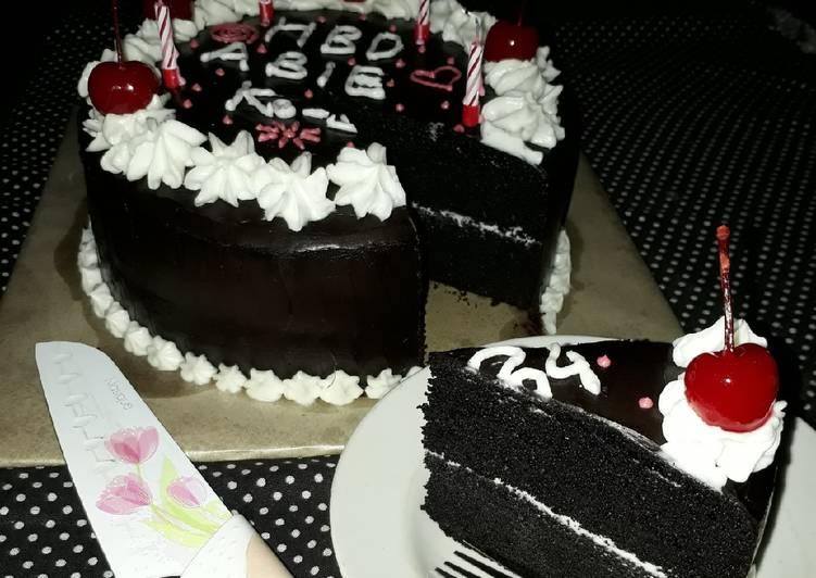 Resep Black Forest Cake Ultah Oleh Aningsih Cookpad