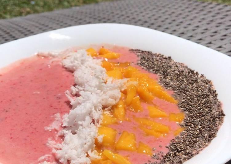 Steps to Prepare Speedy Berry Breakfast Bowl