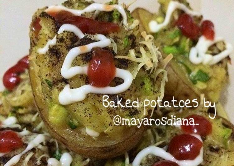 Baked Potatoes / Kentang Asap Gurih