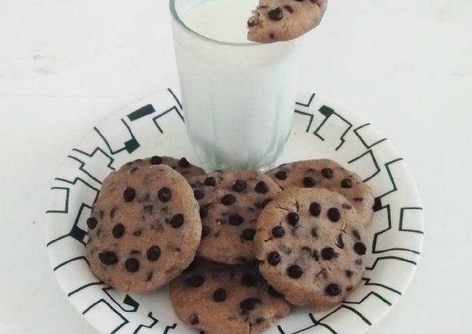 How to Prepare Perfect No Bake Oats Chocolate Chip Cookies