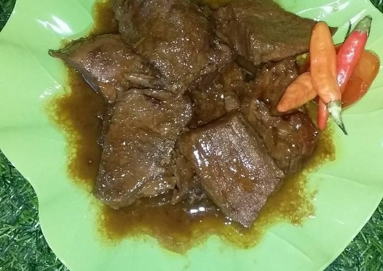 Semur daging