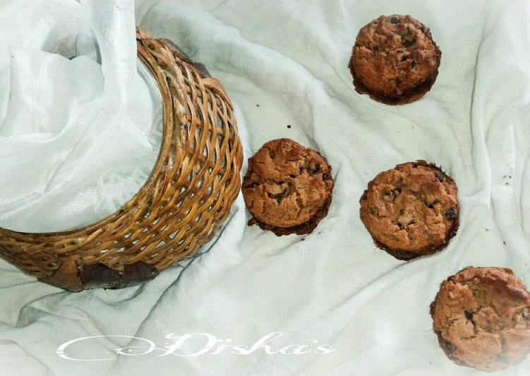 Date Filled Sandwich Choco Chips Cookies
