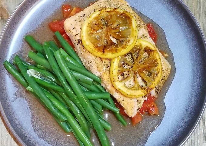 Roasted Salmon with Roasted Plum Tomatoes & Caramelized Lemons