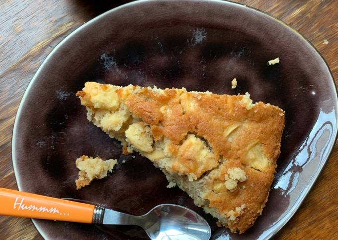 Gâteau aux pommes et aux noix