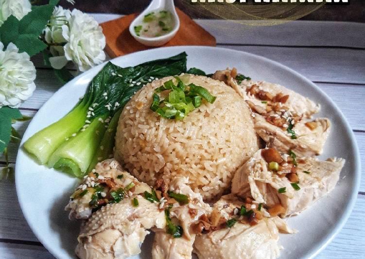 Nasi hainan (ayam rebus)