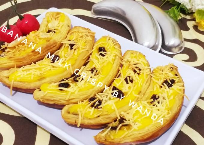 Banana Milk Crispy Almond Kismis Keju (kreasi pastry)