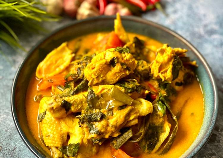 Ayam Woku Woku (Manadonese Chicken Stew)