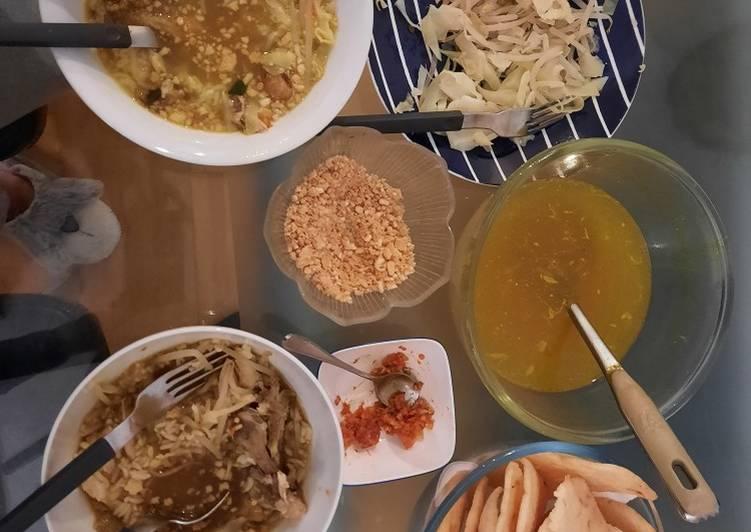 Indonesia Chicken Soup Lamongan (Soto Lamongan)