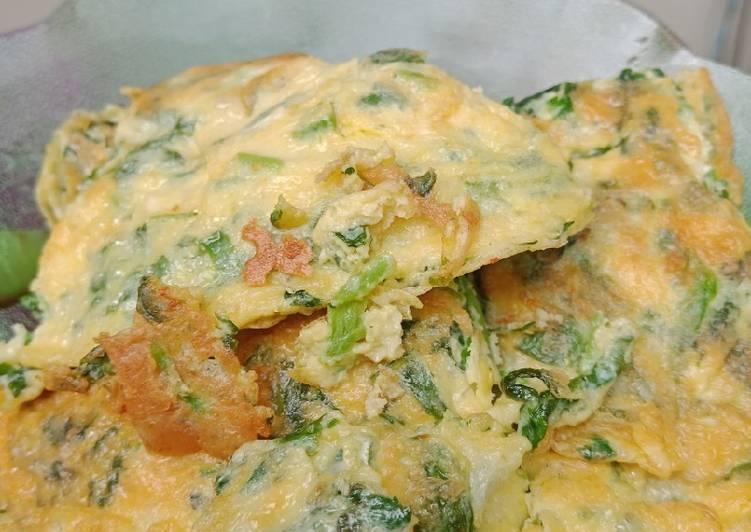 Omlet telur keju bayam