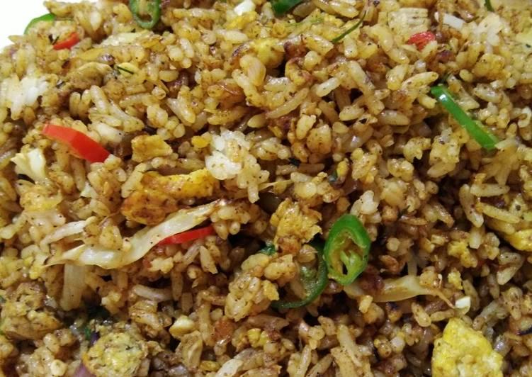 Nasi Goreng Rendang (instan)