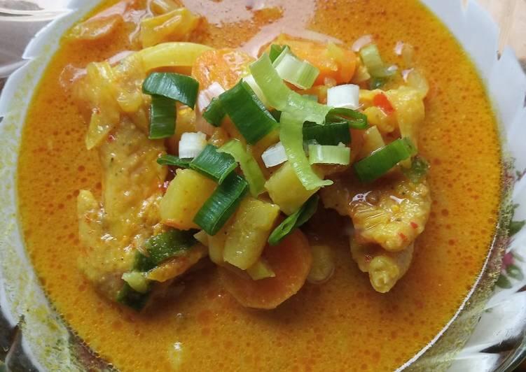 Kari Ayam Sayuran - cookandrecipe.com