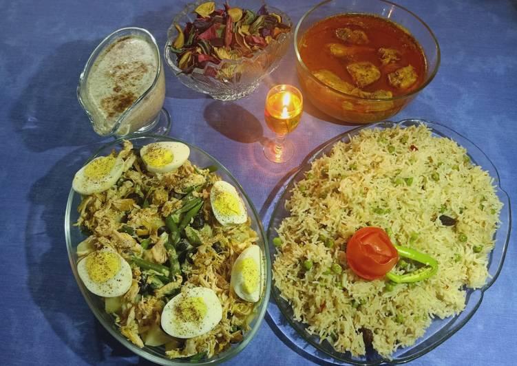 Step-by-Step Guide to Prepare Speedy Chicken Degi Qorma and Martar (peas) Pulao one hour