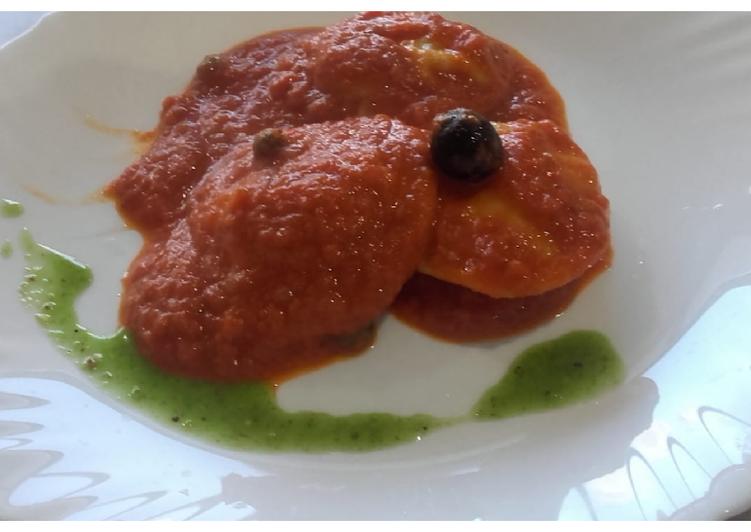 Ravioles de bolognesa