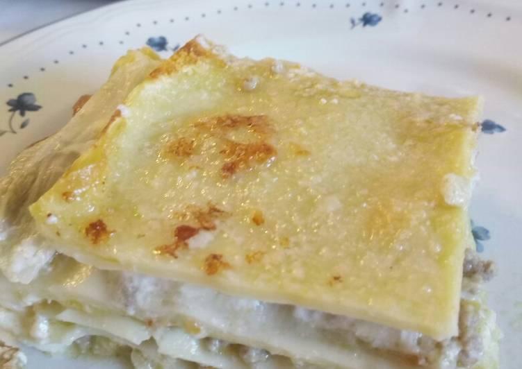 How to Prepare Yummy Lasagne ai porri e salsa di crescenza