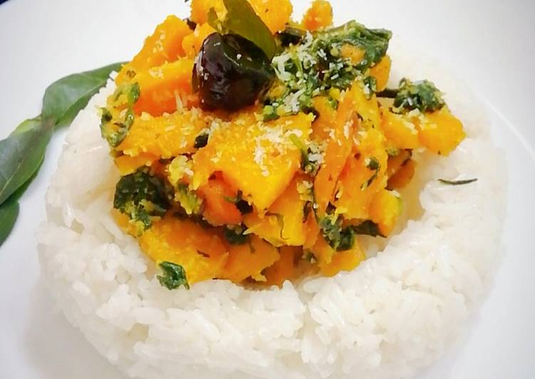 Stir fried pumpkin with spinach and coconut