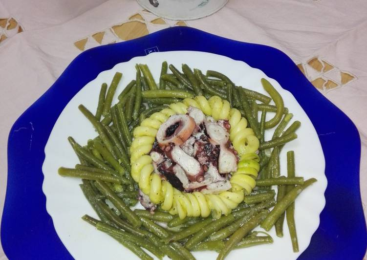 Ricetta Profumo di mare con fagiolini, polpo e cuore di zucchine marinate