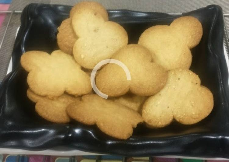 Going Green for Better Health By Dining Superfoods Ragi flour biscuits