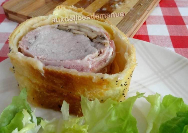 Filet mignon de porc en croûte à la poitrine fumée, champignons et mozzarella