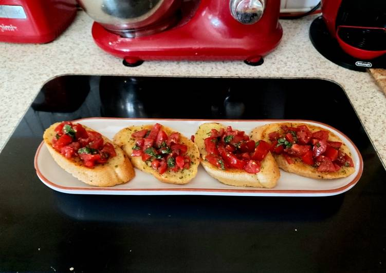 Step-by-Step Guide to Make Most Popular Authentic Italian Brushetta 🥰
