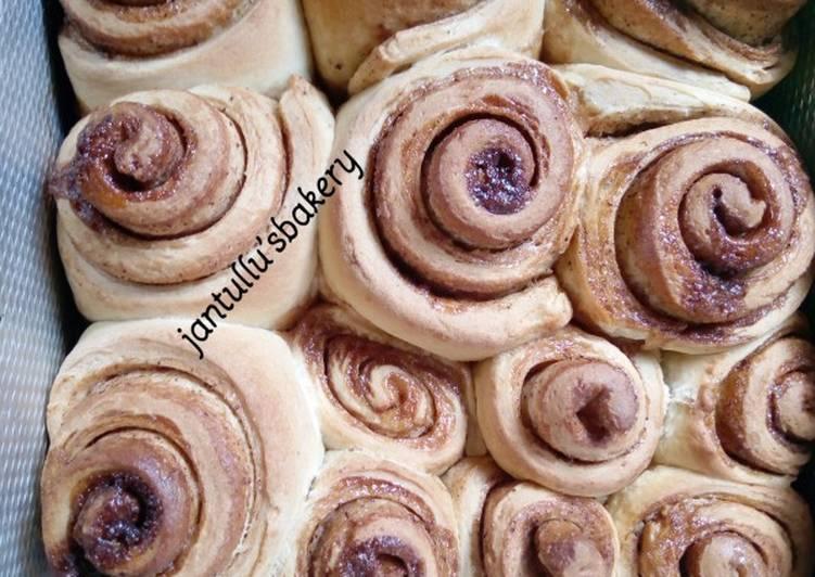 Soft,easy cinnamon rolls