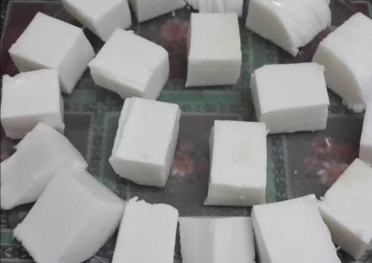 Step-by-Step Guide to Prepare Favorite Coconut Milk Panna Cotta
