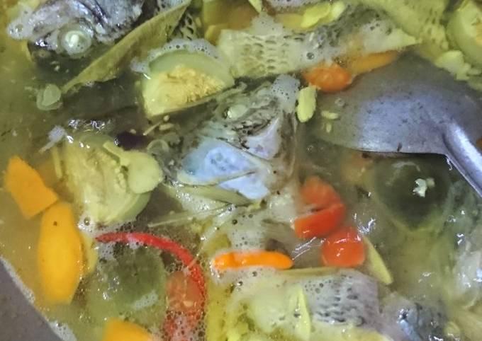 Resep Sahur Praktis Pindang Nila campur terong dan wortel